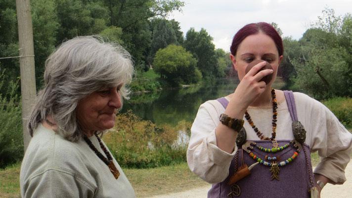 Ein kühler Drink am Donauufer kommt da gerade recht!