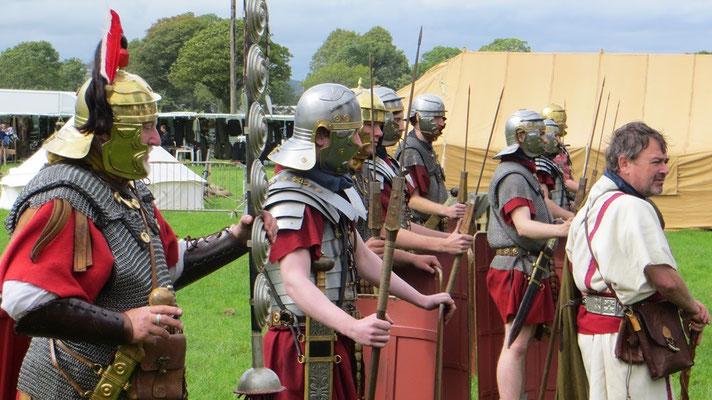 ...wie die Römer um Martin McAree...