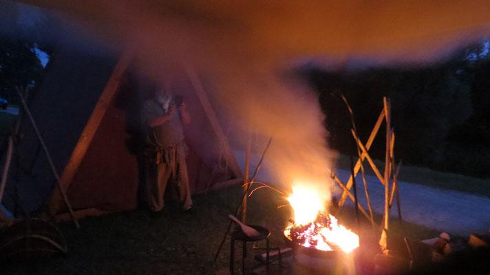 Am letzten Abend opferten wir unsere kompletten Deko-Kräuter. Das angekündigte Unwetter blieb daraufhin aus...