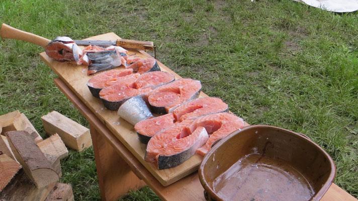 Ganze Lachse zu Abendessen verwandeln!