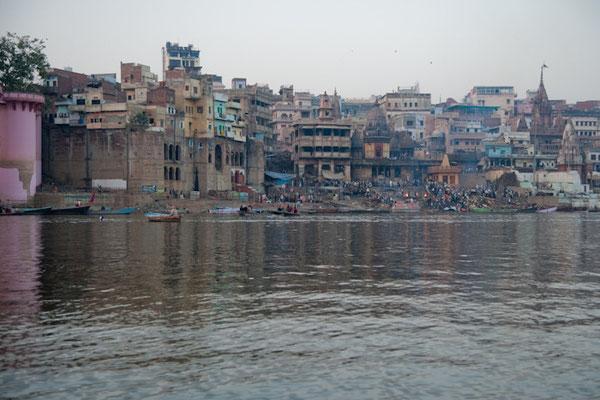 Les crémations à Varanasi