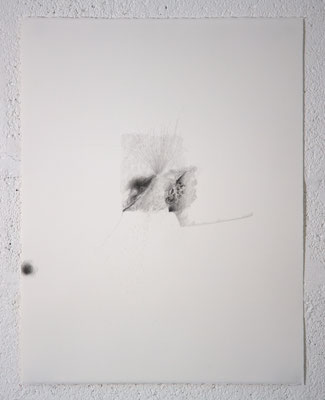 """""""Ce que trouble le silence"""", dessin, 50,5x65,5 cm, graphite sur BFK Rives, 2019, photo © David Kidman"""