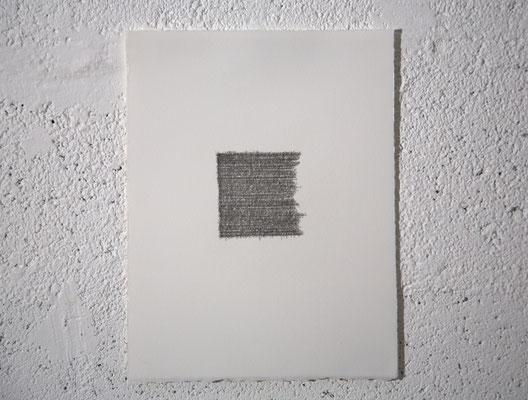 """""""Une fille qui se féminise, ça occasionne plein de ravissements."""" [V. Despentes], dessin, graphite sur BFK Rives, 25x32,5 cm, 2019"""
