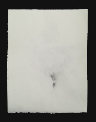 """""""Une s'épanche La parole se désagrège"""", dessin, graphite sur BFK Rives travaillé, 25x32,5 cm, 2020"""