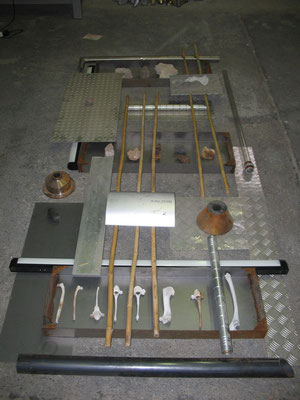 """Archeology #02"" Installazione 2006 -materiali vari- cm 150 x 300x 30"
