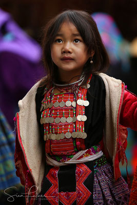 Young Hmong girl