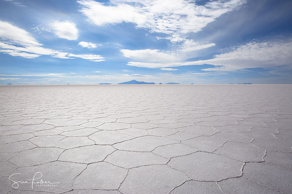 View across the Salar de Uyuni