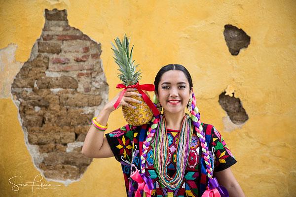 Colourful costume of the Flor de Piña