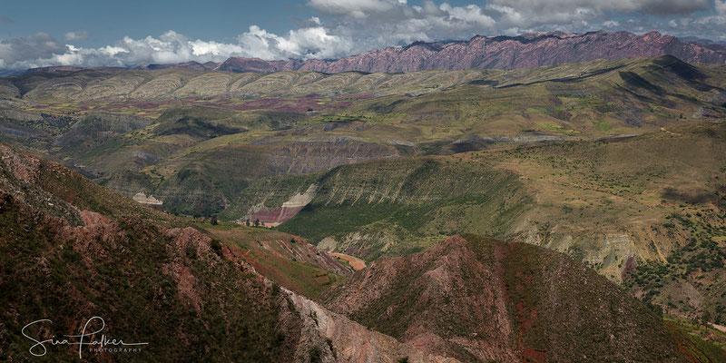 The Maragua crater from afar