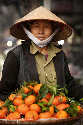 Fruit seller in Hanoi