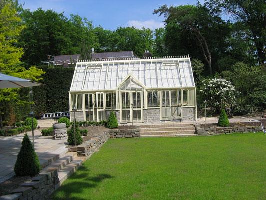 """Gewächshaus im englischen Stil """" Victorian Manor"""" in Country Stone"""