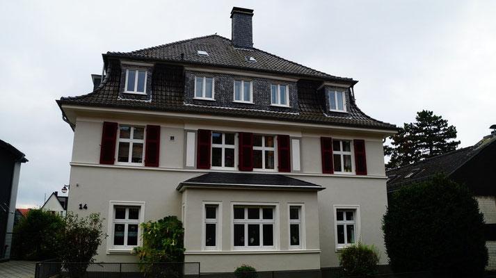 2. Preis: Am Höing 14, 58097 Hagen - Eigentümer: WEG Diedrichs, Forchheim + Keller, Am Höing 14, 58097 Hagen - Malerbetrieb Ralf Gehrke, Heigarenweg 18, 58093 Hagen