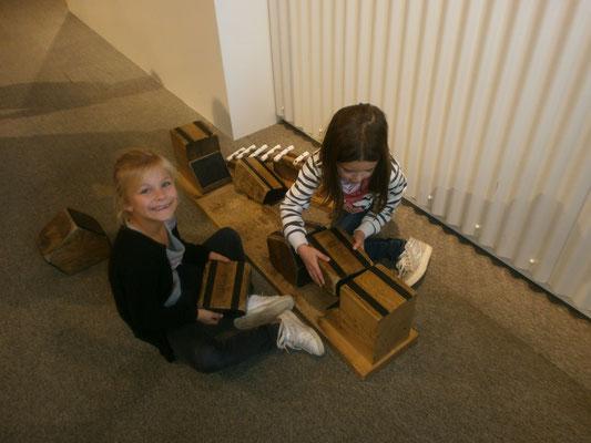 Les filles construisent
