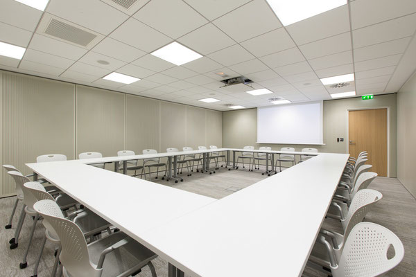Aménagement de salles de réunion mutualisées, Bureaux, Paris 10, 2014, Architectes: Guillaume Cariou et Cedric Hurstel / JLL .