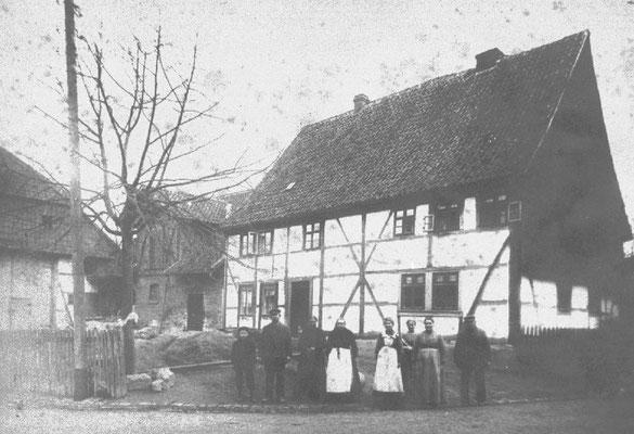 Weigelscher Hof früher Steinweg 7 um 1890 1970 wegen Straßenausbau abgerissen