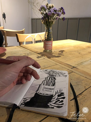 "Blick ins Skizzenbuch ""im Café in Barcelona"", Brushpen"