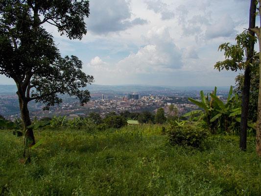 <b>Ohne Titel: Sara Ataya</b> Ich habe Ruanda im Sommer 2013 besucht – und war absolut begeistert!