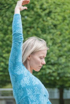 Yoga & Tanz mit Dorte Prem Hari Kaur im Kundalini Yoga Zentrum BLISS Hannover • Bild © Dorte Strehlow