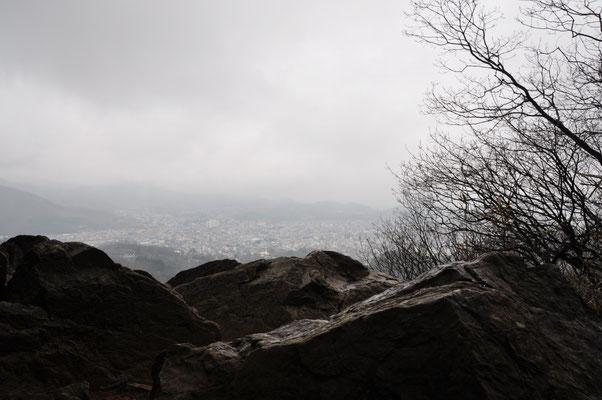 トンビ岩からの展望・・・