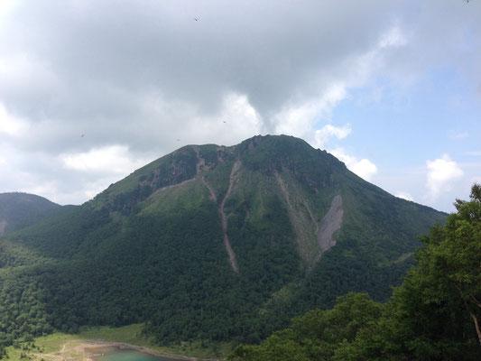 五色山からの奥白根山