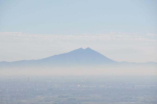 おっ、我が県が誇る筑波山!幻想的です