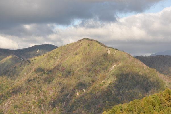 社山への稜線