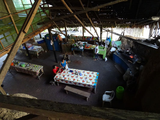 Küche im Camp Charapamama