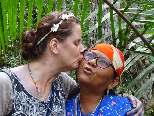 Dona Marlene & Shanti