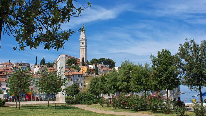 Rovinj, Blick auf die Barockkirche Sv Eufemijav