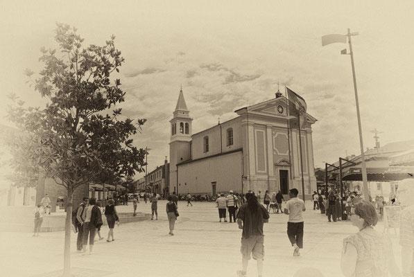 "Kirche Gospa od Angela (""Maria von den Engeln"") am Main Square"