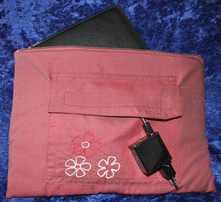 Tablettasche-Case-Bag-Hülle, Viskose-weinrot-10 Zoll, Unikat, Geschenkidee
