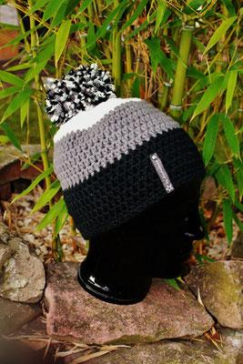 Bommelmütze-Beanie-schwarz/grau/weiss-kuschelig weich