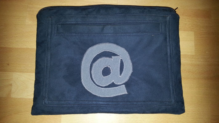 Tablettasche-Case-Bag-Hülle, blaues Wildleder, cooler Schutz, Unikat, Geschenkidee