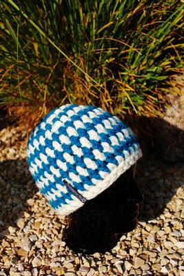 Mütze-Beanie-türkis-weiss-sehr dick und warm