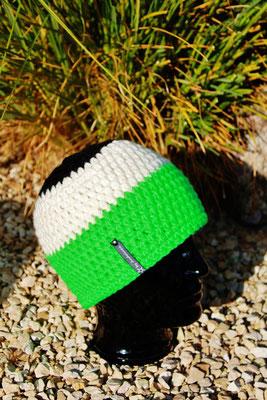 Mütze-Beanie-Fanmütze grün/weiss/schwarz-Fussballmütze in Vereinsfarben