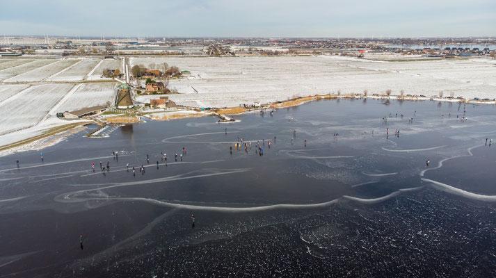 Wijde Aa - Dutch landscape - skating