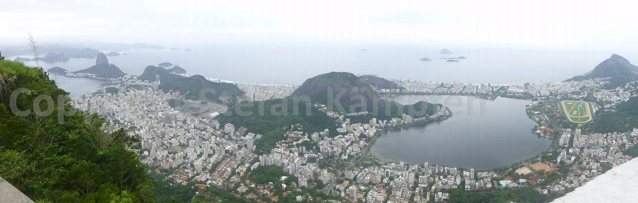 Rio de Janeiro mit Copacabana und Zuckerhut aus der Vogelperspektive