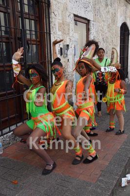 Am Karneval schmeisst sich eine jede in Pose