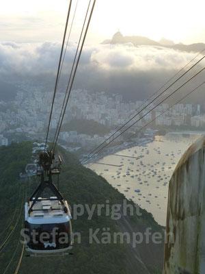 Mit der Bergbahn auf Brasiliens beliebtestes Ausflugsziel: Der Zuckerhut