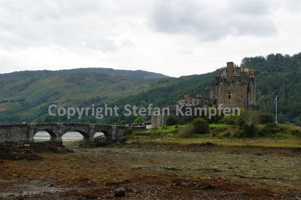 Sehr beliebt bei Travellern: Das Eilean Donan Castle am Loch Duich