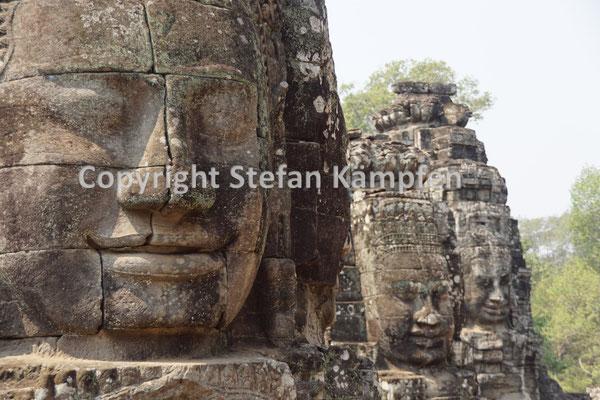Einige der knapp 200 in Stein gemeisselten Gesichter der Bayon-Tempel