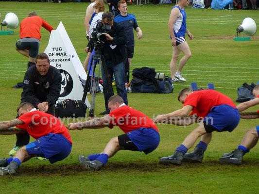 """Seilziehen gehört genauso zu den schottischen Highland Games wie der Schottenrock """"Kilt"""""""