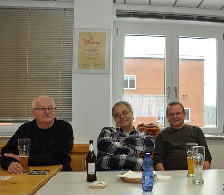 links und in der Mitte unsere beiden Kameraden aus Scheyern ...