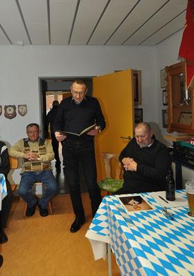 Peter wird für 50.-jährige Mitgliedschaft geehrt...