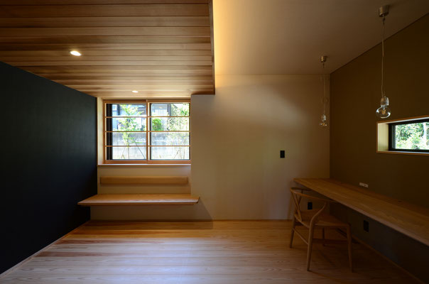 赤坂台の家 / 豊川