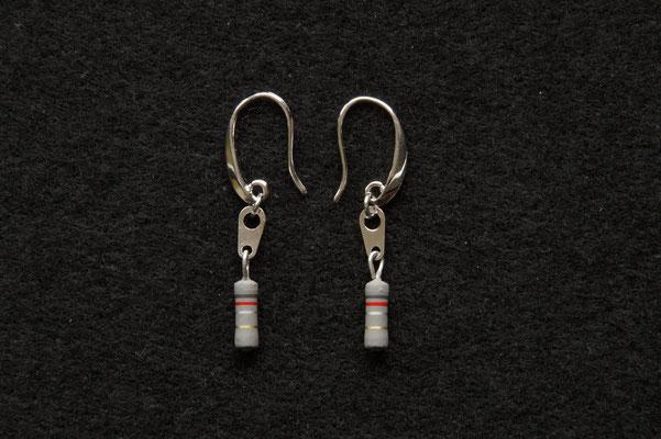 Ohrhänger mit Widerständen € 14,50