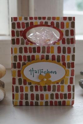 Eine hübsche Tüte mit dem Punchboard für Geschenktüten gewerkelt von Gisela