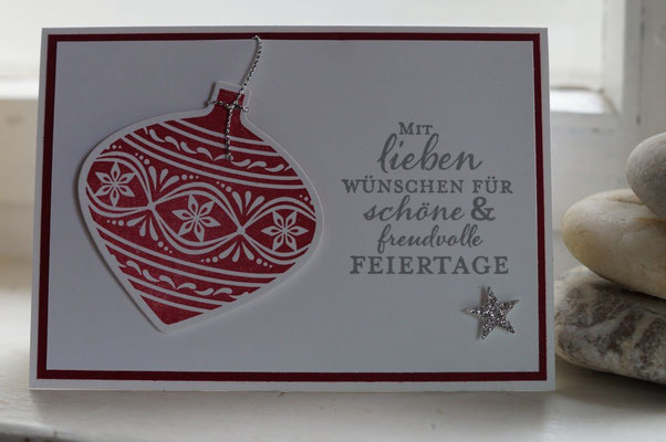 Karte mit Weihnachtskugel am Teenie-Workshop - Patricia Stich 2015