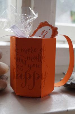 Eine coole Tasse aus Papier von Andrea