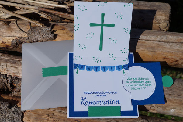 Kommunion in Kleegrün und Blaubeere